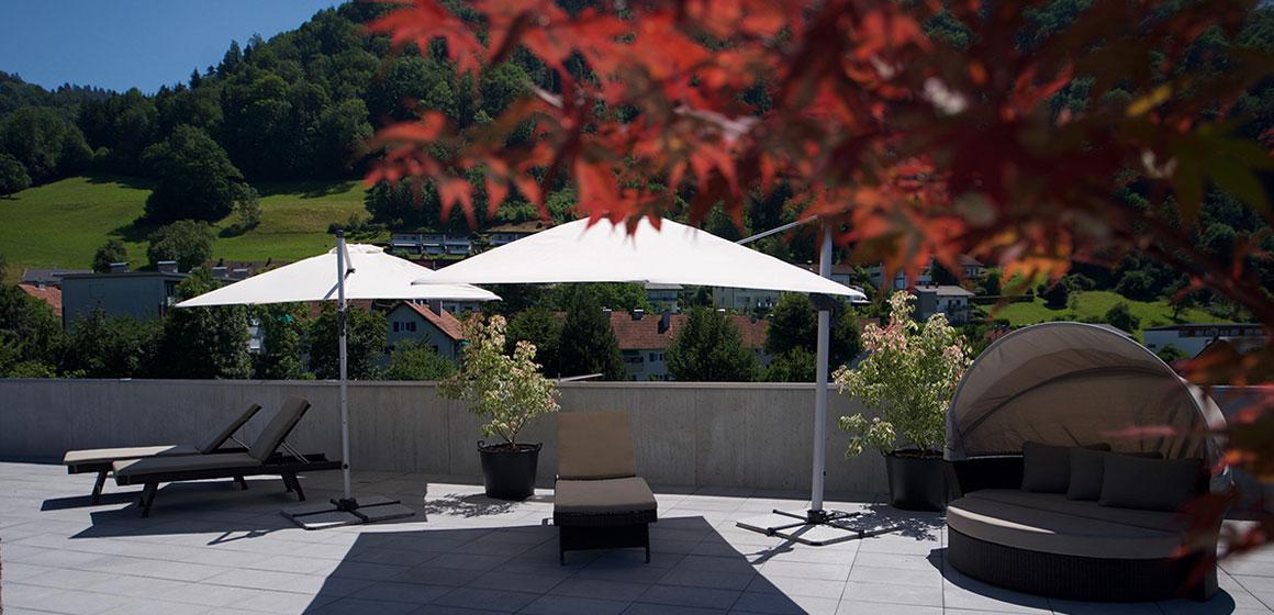 wohnen-dornbirn.at | Sonnenbaden auf der Dachterrasse